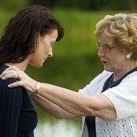 Grandparents and Parents Disagreeing - 11 Tips for Both of You